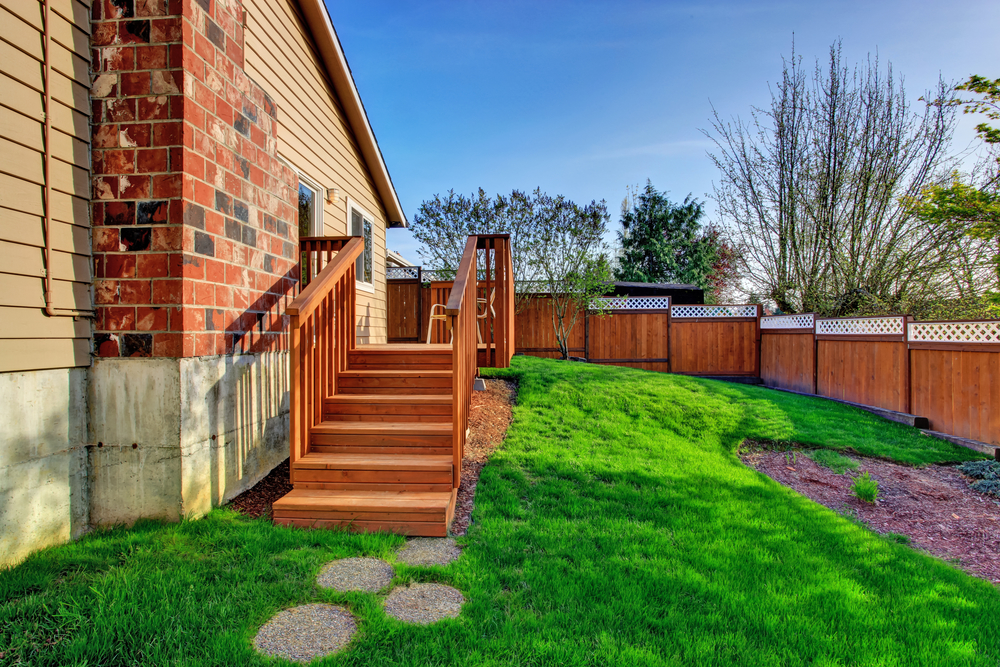 Sloped Fencing