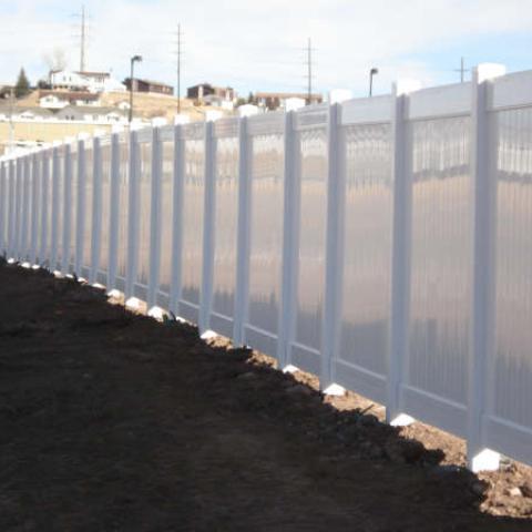 vinyl-fencing