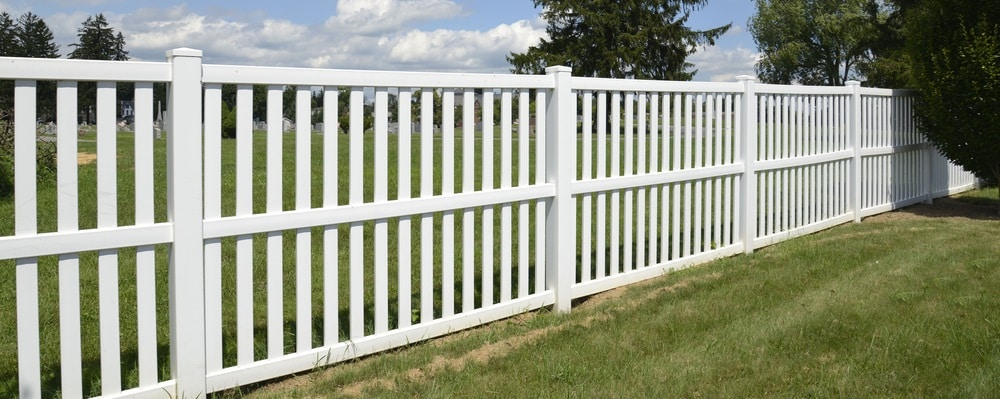 Fence Companies for Vinyl Fencing Installation Services in Utah